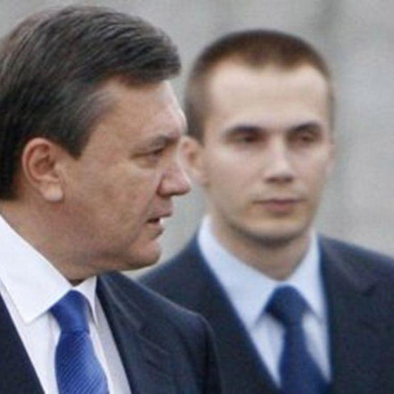 Суд ЄС розморозив активи Януковича і його сина, знявши старі санкції
