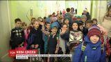 Родители и учителя просят достроить им новую школу под Киевом