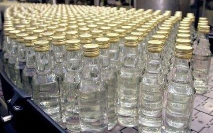 Найдешевша горілка в Україні подорожчала до 28 грн