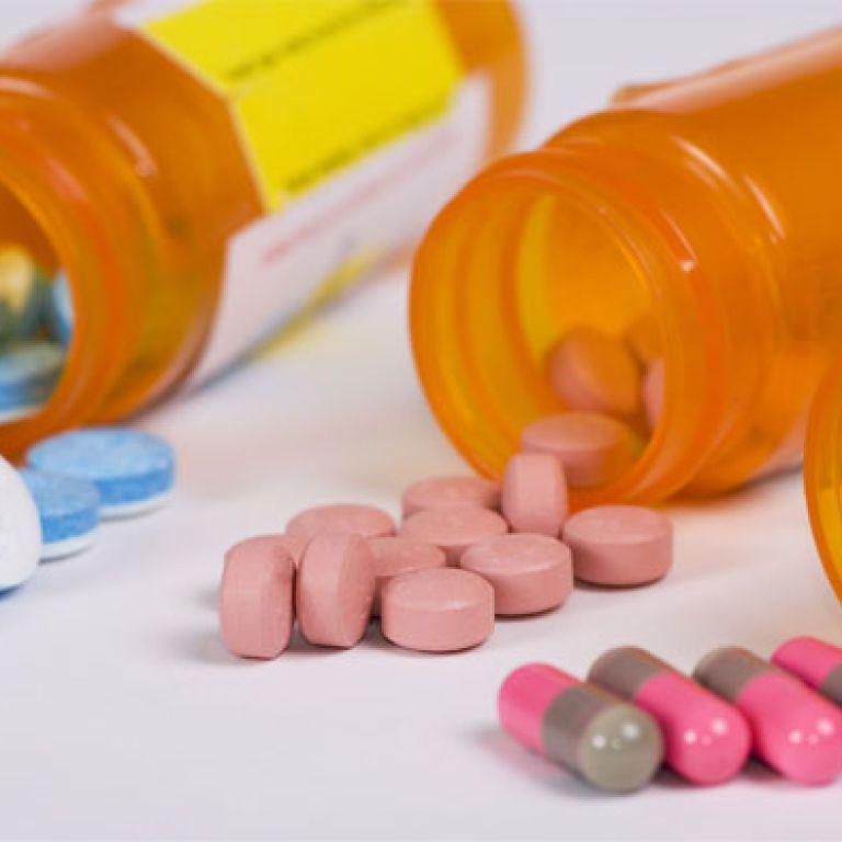 Українці примудряються труїтися навіть якісними ліками – медики
