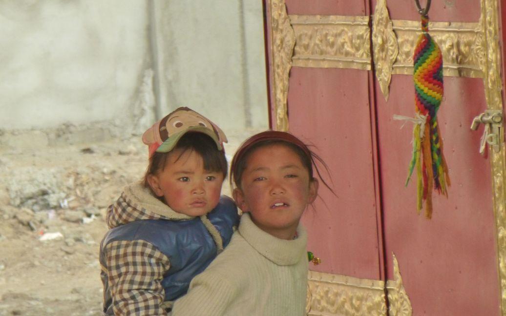 Встреча с тибетскими малышами / ©