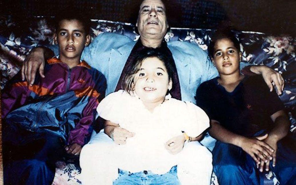 Фото з сімейного фотоальбому Каддафі / © The New York Times