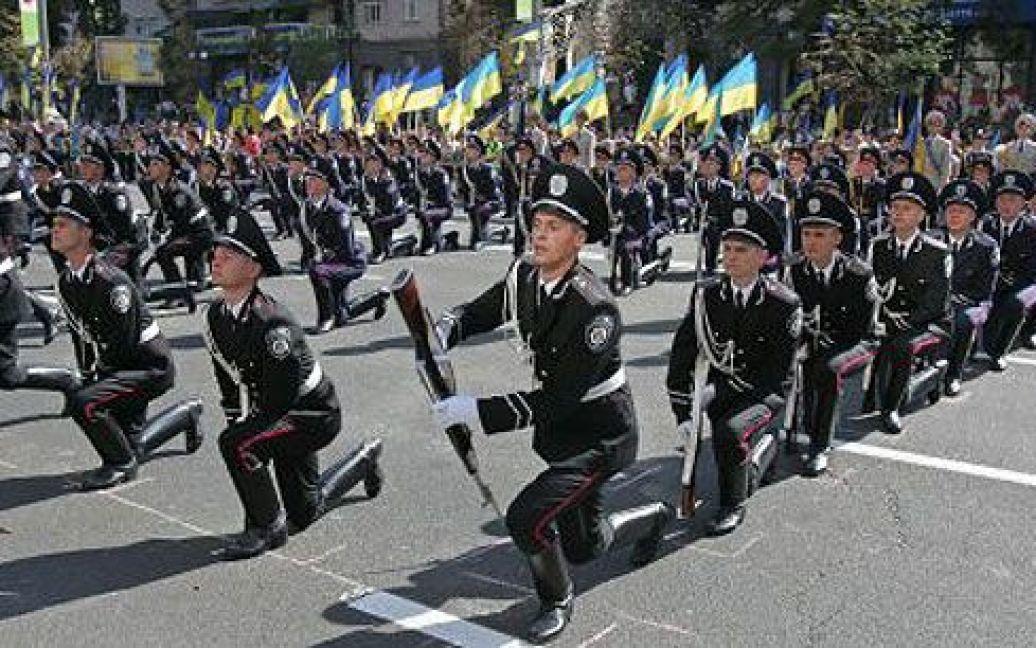 Урочиста церемонія підняття Державного Прапора України відбулась біля столичної мерії. / © УНІАН