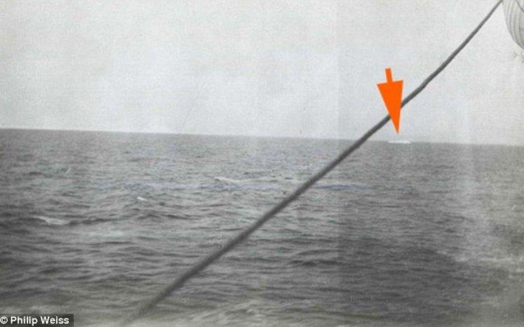 """На задньому плані - айсберг. Той самий, що спричинив загибель """"Титаніка""""? / © Daily Mail"""