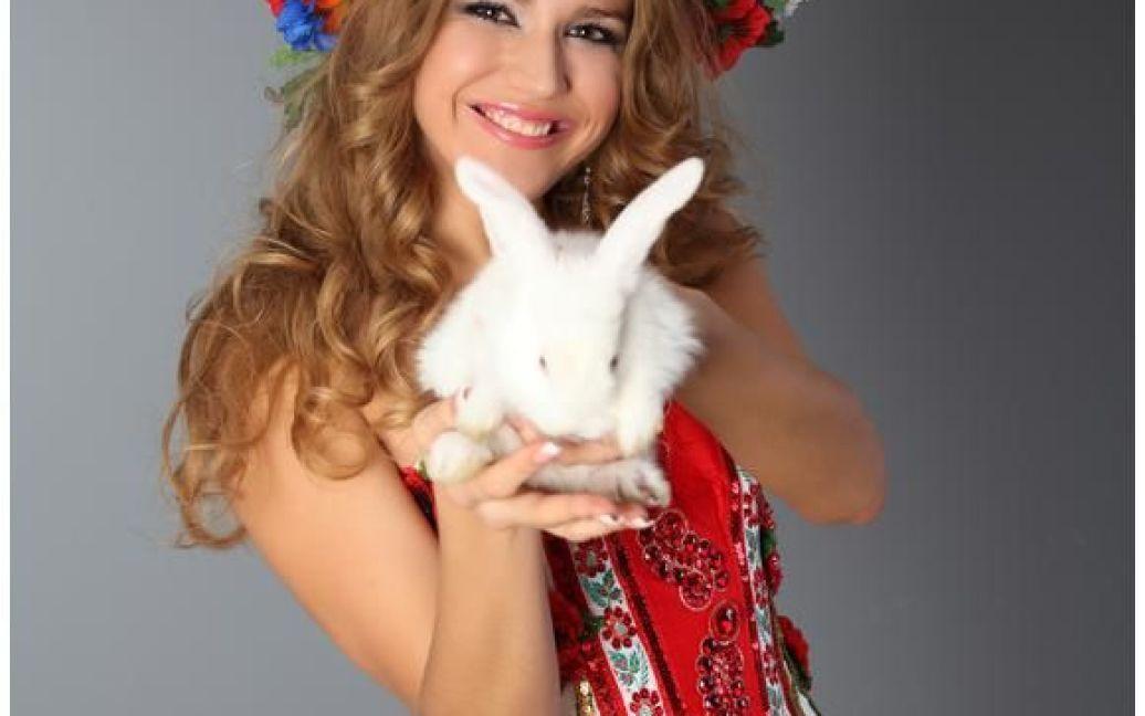 """Міс Крим Земля"" Ніна Астраханцева / © starlife.com.ua"