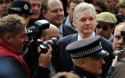 Британія екстрадує засновника WikiLeaks до Швеції
