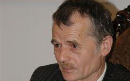 Джемілєв несподівано попросив Курултай про відставку