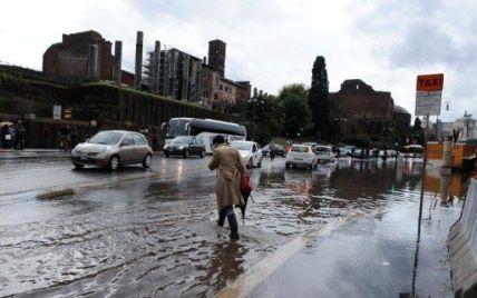 В Італії від повеней загинуло  дев'ять осіб