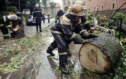 Смертельный ураган во Львове и скандал с нападением на танкер у Омана. Пять новостей, которые вы могли проспать