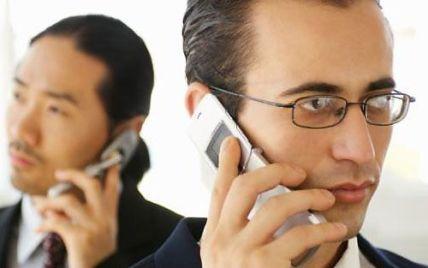 Багаторічне дослідження: мобільні телефони не спричинюють рак мозку