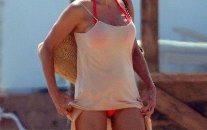 Памела Андерсон отдыхает в Малибу