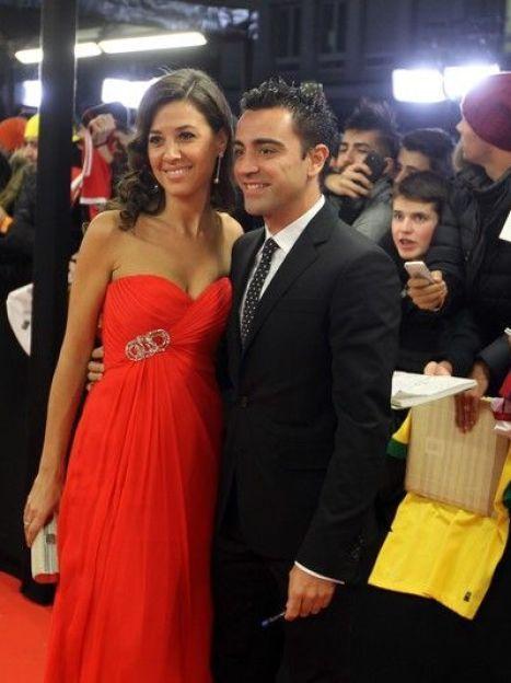 Хави Эрнандес с супругой / © East News