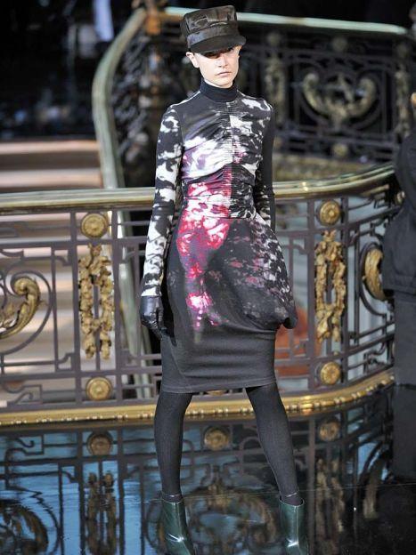 John Galliano прет-а-порте осень-зима 2013-2014 / © East News