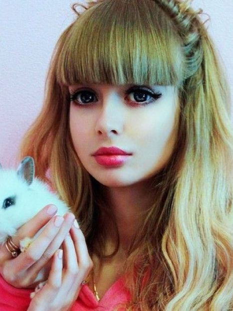 Анжелика Кенова - Барби из Москвы / © freejournal.biz