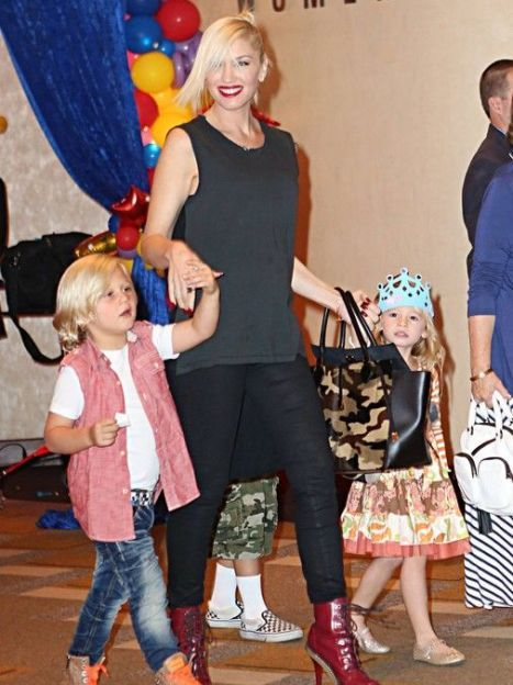 Гвен Стефани с детьми / © East News