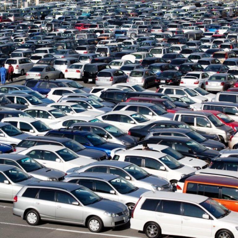 Украина ввела сбор на утилизацию импортированных автомобилей из России