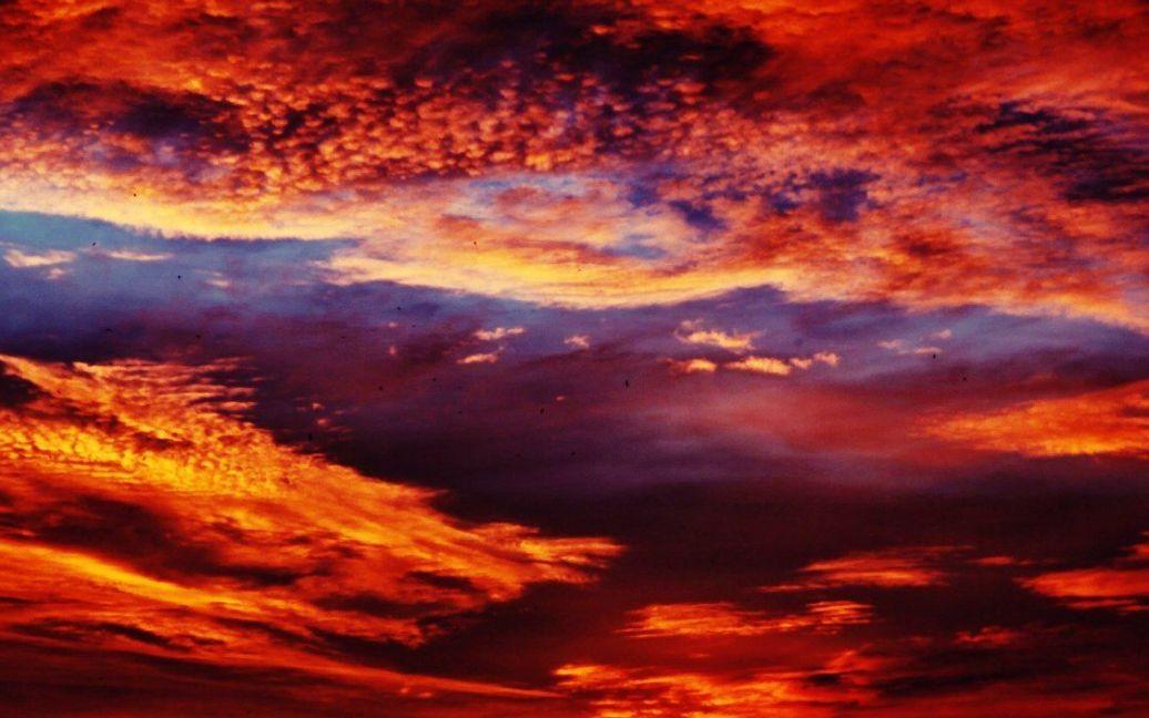 Захід сонця у Києві 11.07.2012. Фото vk.com/gracz / ©