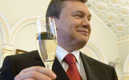 """Регіонали не """"попруться з наглою мордою"""" на день народження до Януковича"""