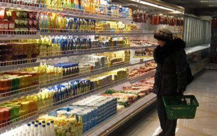 У київських супермаркетах через спеку побільшало зіпсованих сосисок та сирів