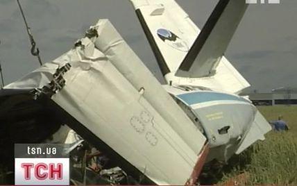 Менше хвилини відділяло від порятунку літак, що розбився у Бородянці