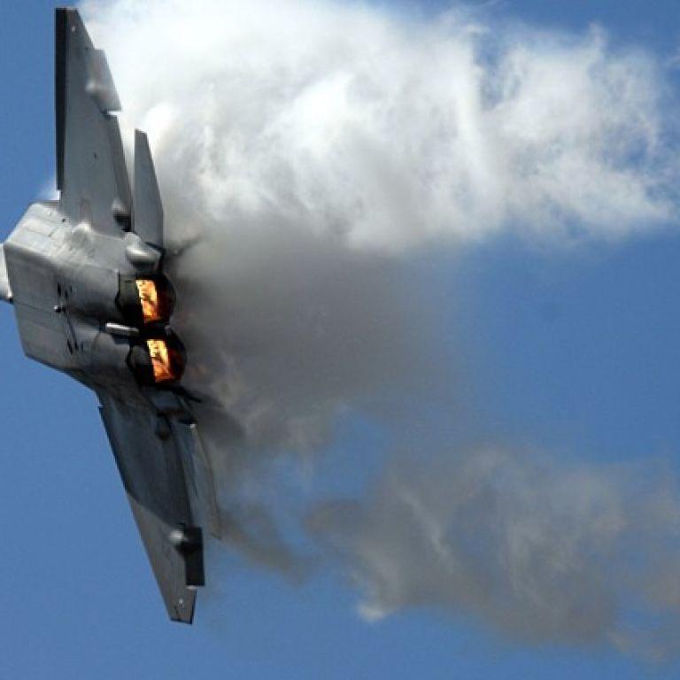 США підняли винищувачі F-22 через наближення російських бомбардувальників до Гаваїв