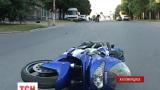 На Житомирщине в ДТП погиб мотоциклист, а его пассажир - в тяжелом состоянии в реанимации