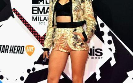 Топ-5 откровенных нарядов на красной дорожке MTV EMA-2015