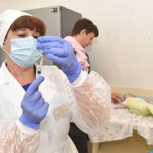 Улучшение услуг для пациентов и увеличение зарплат медикам: какие изменения в медицине обещает Степанов