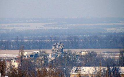 Штурмова бронегрупа бойовиків з втратами відійшла від Донецького аеропорту - Тимчук