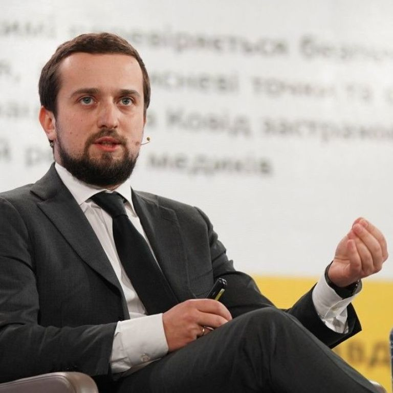 """Это не санкции"": в Офисе президента объяснили, почему закрыли небо с Беларусью"