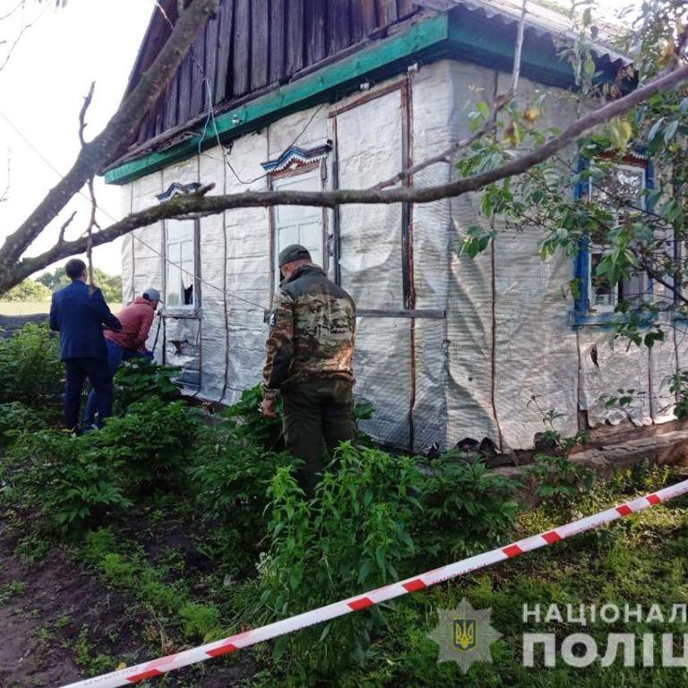 Борги могли стати причиною розстріли сім'ї у Житомирській області
