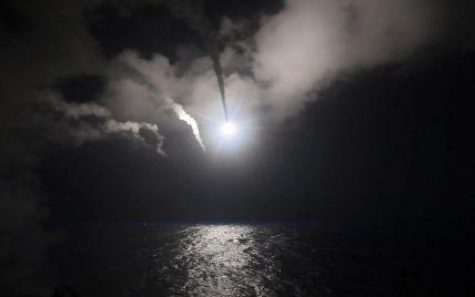 Авиаудар США по военной базе в Сирии: появились первые видео