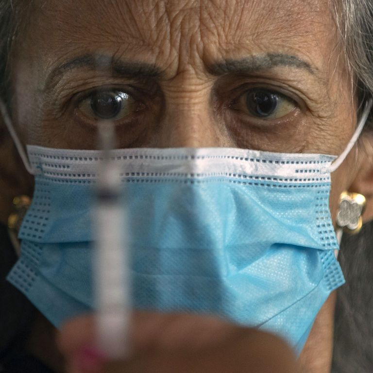 Беспорядки в Иерусалиме и одобрение ВОЗ шестой COVID-вакцины. Пять новостей, которые вы могли проспать