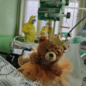 85% поражения легких, 15 дней на ИВЛ и минимальные шансы на жизнь: история спасения 8-летнего мальчика от COVID-19