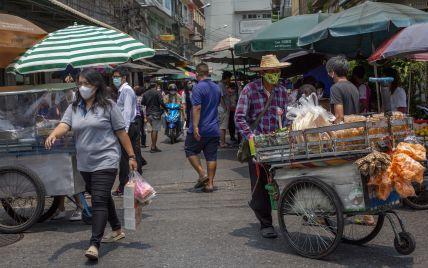 Таиланд усилил карантин на фоне рекордной смертности от коронавируса