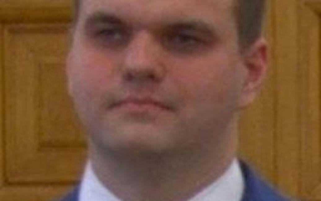 Один из обвиняемых, офицер ФСБ Дмитрий Докучаев. / © Reuters