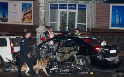 Пострадавшая от взрыва авто в Киеве до сих пор без сознания и на аппарате искусственного дыхания