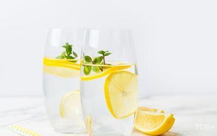 Норма води на день: скільки рідини потрібно організму насправді