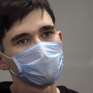 Стрельба в школе Казани: 19-летнего убийцу взяли под стражу на два месяца, он признал свою вину