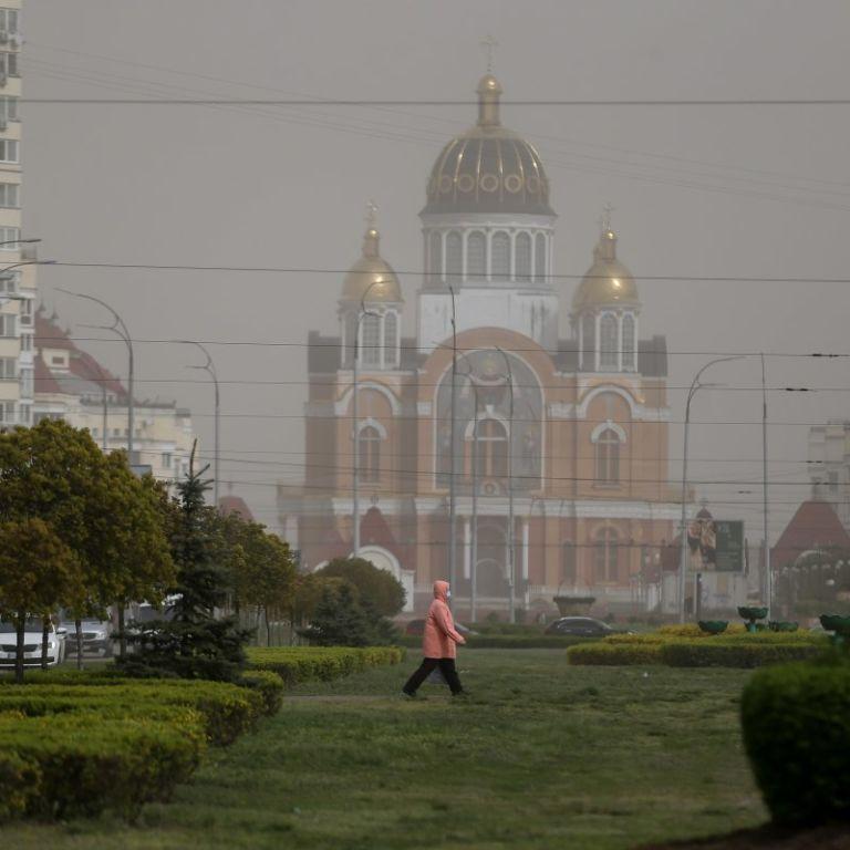 Вітер змінить напрямок: Зеленському доповіли, коли повітря у Києві має очиститися