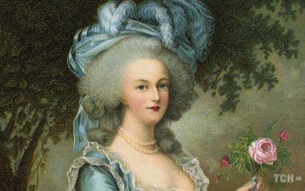Украшения, пережившие королеву: история бриллиантовых браслетов Марии-Антуанетты