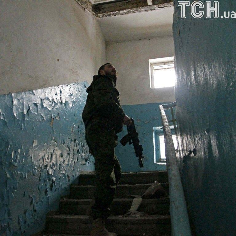 """Российских офицеров гонят из рядов """"ДНР"""" из-за наркотиков и алкоголя - разведка"""