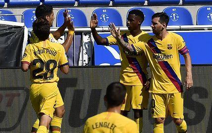 """""""Барселона"""" розгромною перемогою закінчила Чемпіонат Іспанії, Мессі оформив дубль"""