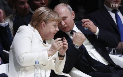На запрошення Путіна до Росії приїде Меркель. Говоритимуть про Україну та Близький Схід