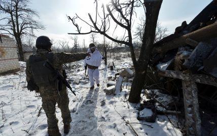Понад вісім десятків обстрілів, один загиблий і Авдіївка під танками. Дайджест АТО