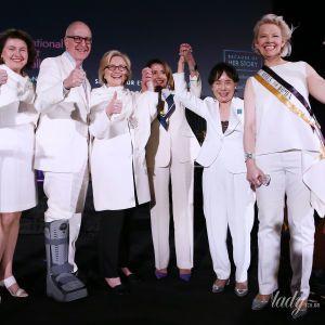 Битва білих вбрань: Гілларі Клінтон vs Ненсі Пелосі
