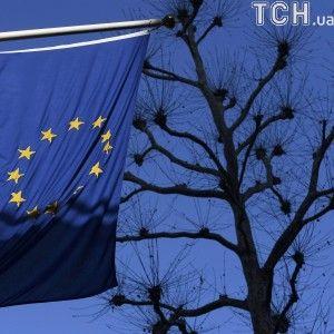 "В ЕС ""национализации"" предприятий боевиками и использования рубля в ОРДЛО назвали противоправными"