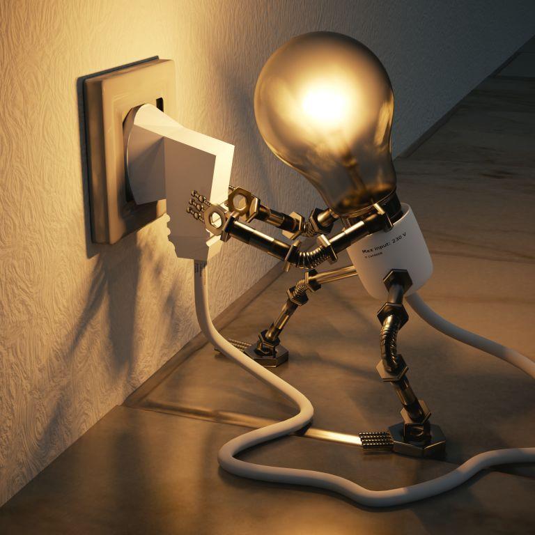У Міненерго зробили заяву щодо тарифів на електроенергію: чи допоможуть малозахищеним верствам населення