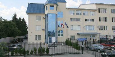 Все консульства Польши в Украине возобновляют работу