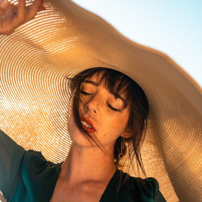 Спека не парить: 3 головні проблеми шкіри влітку та їхні рішення